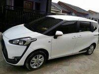 Toyota Sienta 1.5 G 2017 Minivan