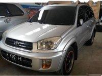 Jual mobil Toyota RAV4 2002 Jawa Timur