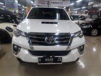 Toyota Hilux V 2015 Pickup Truck