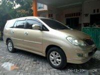 Toyota Innova V/AT 2004
