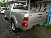 Toyota Hilux Double Cabin Disel 2012 4x4 MT Silver Type E