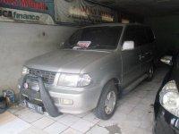 Toyota Kijang LGX Manual 2002