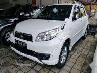 Toyota Rush putih manual Trd spotivo 2014 aslibali