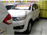 Toyota Fortuner V 2013 SUV Automatic