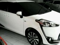 Toyota Sienta 1.5 V AT Tahun 2017 Automatic