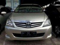 Toyota Innova G LUX 2.0 Bensin 2010
