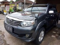 Toyota Fortuner G Lux 2.7 AT Bensin 2005