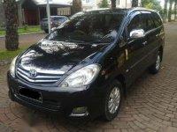 Toyota Kijang Innova 2.0V 2011