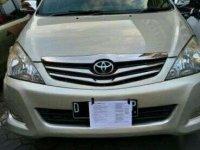 Jual Toyota Kijang Innova V 2011