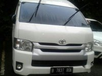 Toyota Hiace Commuter 2015