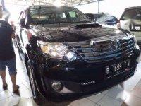 Toyota Fortuner M/T diesel 2014 Istimewa