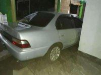 Toyota Corolla tahun 1995