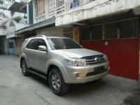 Toyota Fortuner 2.7 G Luxury automatic Tahun 2005