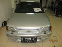 Toyota Soluna 1.5 GLi 2000