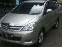 Toyota Innova G matic 2011 istimewah