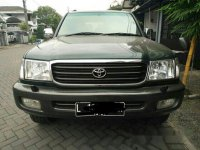 Toyota Land Cruiser VX 100 tahun 2001 Hijau