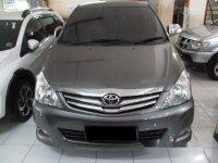 Toyota Kijang Innova 2.5V At 2010