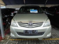 Toyota Kijang Innova 2.0E 2009