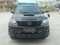 Mobil Toyota Fortuner 2.5 G AT 2014