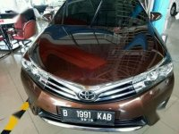 Toyota Altis V 1.8 AT 2014