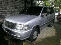 Toyota Kijang LGX 2000 MPV