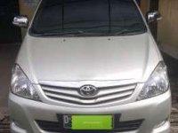 Toyota Innova diesel G/AT 2011 low Km