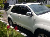 Toyota Fortuner 2.5 G A/T 2011 SUV