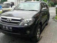 Toyota Fortuner G MT Tahun 2008 Manual
