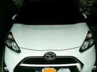 Toyota Sienta tipe V automatic 2017