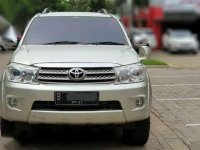 2011 Toyota Fortuner Bensin 4×4 good condition