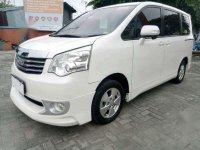 Toyoya NAV1 V 2013