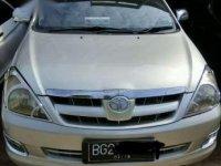 Toyota Kijang Innova 2.0 E 2006