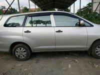 Toyota Kijang Innova E 2012