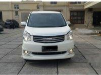 Jual cepat Toyota NAV1 Luxury V 2014 MPV