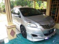 Jual mobil Toyota Limo 2009 Jawa Timur