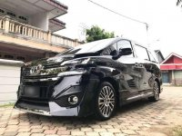 Toyota Alphard 2.5 AT 2018