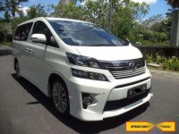 Toyota Vellfire Z 2.4 Tahun 2014 AT Gold Eye