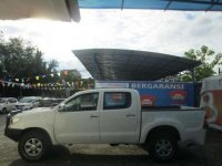 Toyota  Hilux 2.5 G DC Airbag mt 2014
