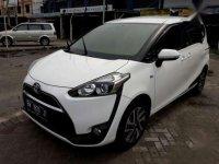 Toyota Sienta tipe V matic tahun 2016 akhir