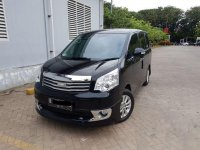Toyota NAV1 V Limited Luxury 2014 MPV