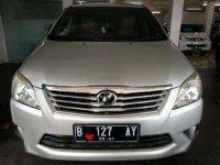 Mobil Toyota Kijang AT G Luxury Tahun 2011