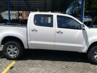 Toyota Hilux 2.5 G DC MT 2014