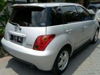 Toyota Ist 2003 Matic ,Silver, Istimewa