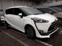 Toyota Sienta E 2017 MPV