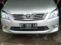 Dijual dengan cepat mobil Toyota Kijang Innova 2.0G tahun 2012 manual
