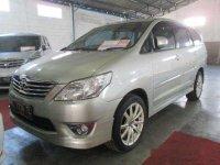 Jual mobil Toyota Kijang Innova G-Luxury 2012