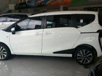 Toyota Sienta Sienta V CVT 2018