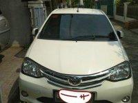 Toyota Etios E 1.2 2014