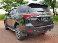 Toyota Fortuner VRZ matic tahun 2016 hitam