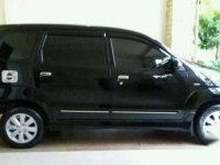Toyota Avanza S Matic Hitam Tahun 2011